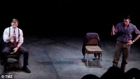 Видео: Хью Джекман и Дэниэл Крэйг на Бродвее