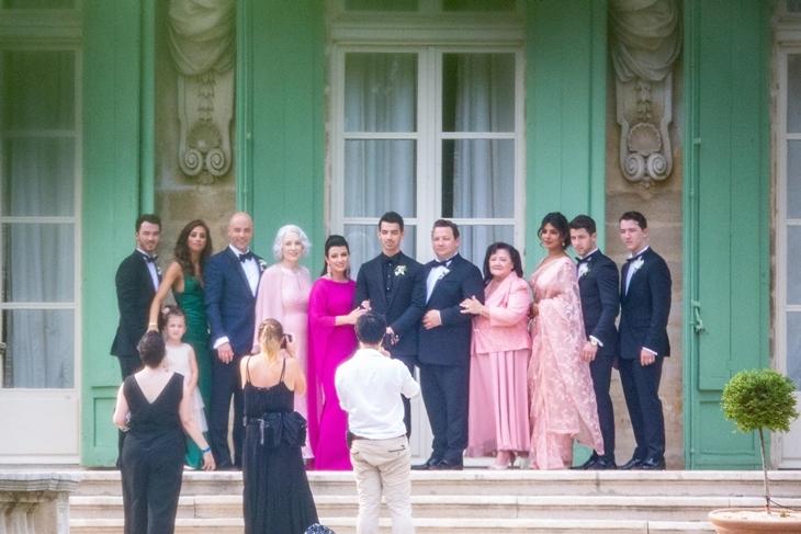 Первые фото: Софи Тернер вышла замуж во второй раз