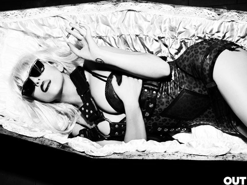 Lady GaGa боится, что ее постигнет участь Джона Леннона