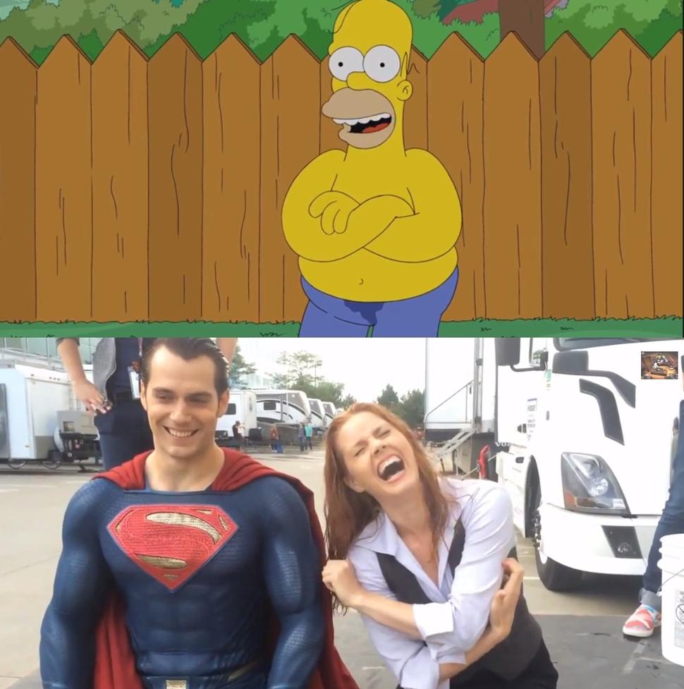 Генри Кэвилл, Эми Адамс и Гомер Симпсон в акции  ALS Ice Bucket Challenge