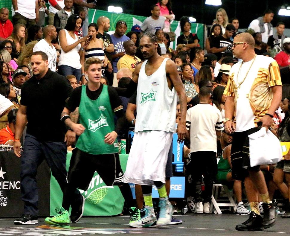 Джастин Бибер, Крис Браун и Snoop Dogg сыграли в баскетбол