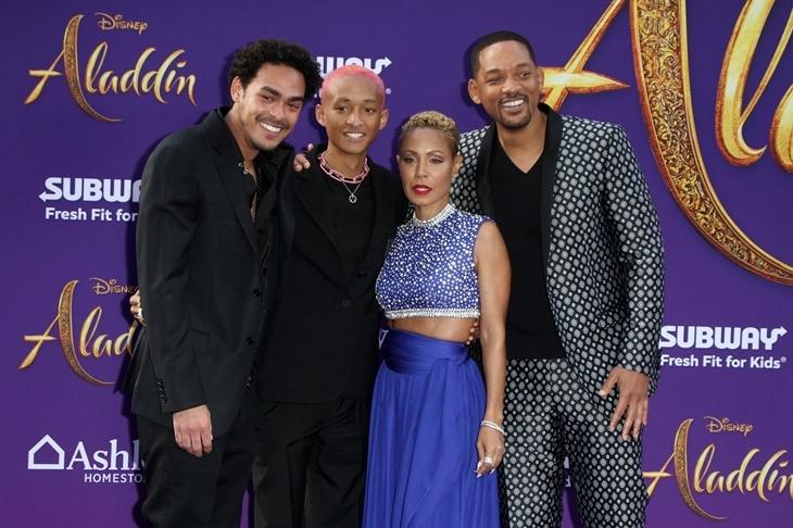 Уилл Смит с семьей, Наоми Скотт, Хелен Миррен и другие на премьере «Аладдина» в Лос-Анджелесе