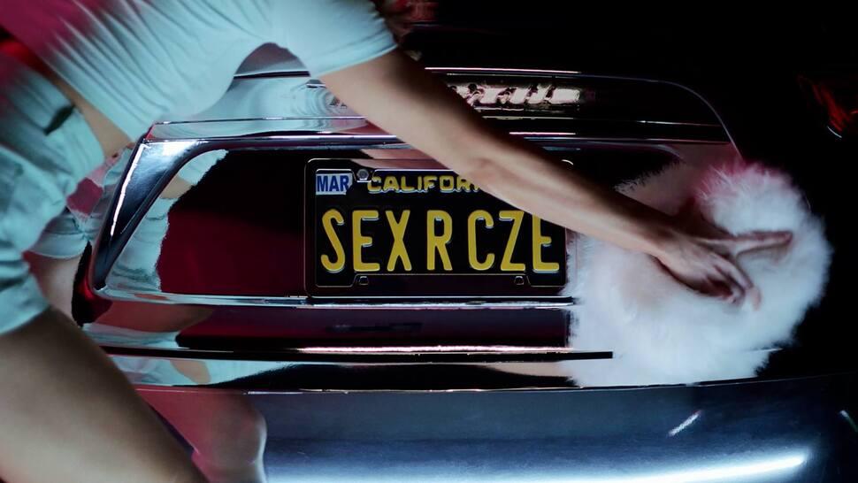 Новый клип Кайли Миноуг - Sexercize
