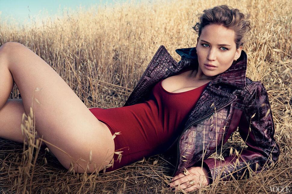 Дженнифер Лоуренс, Кристен Стюарт и другие в журнале Vogue. Сентябрь 2012