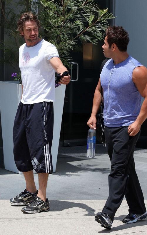 Джерард Батлер в Голливуде после тренировки