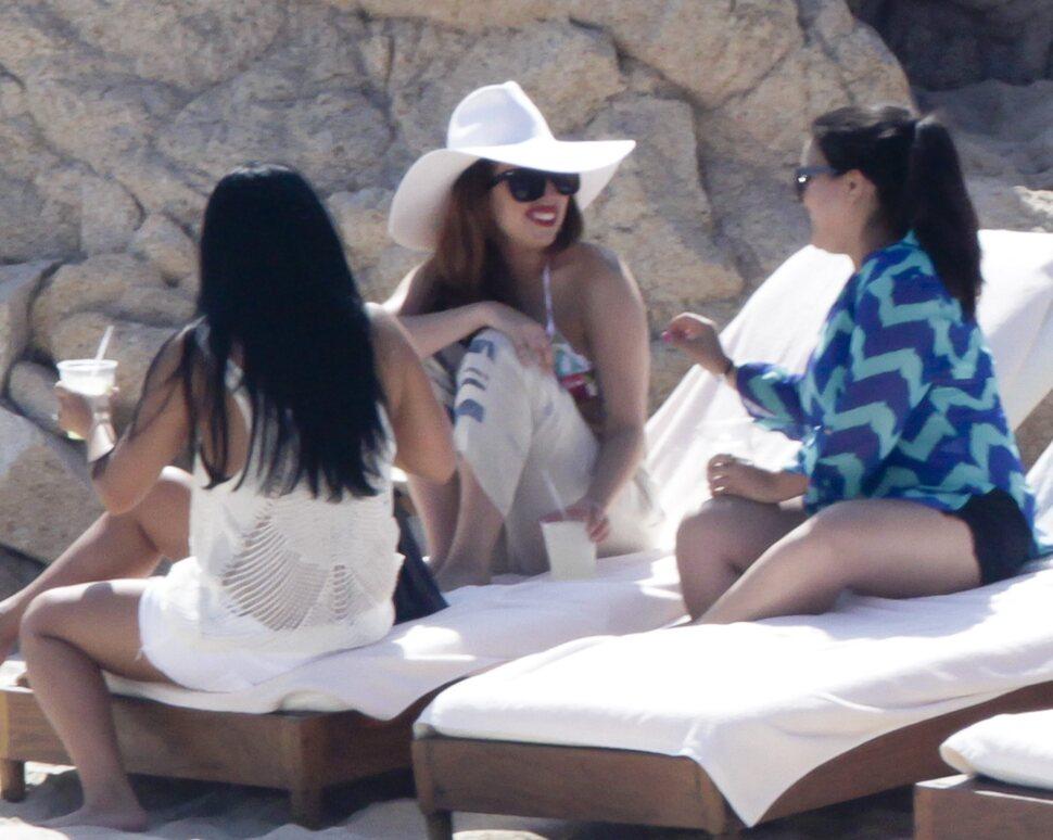 Lady Gaga отдыхает в Мексике