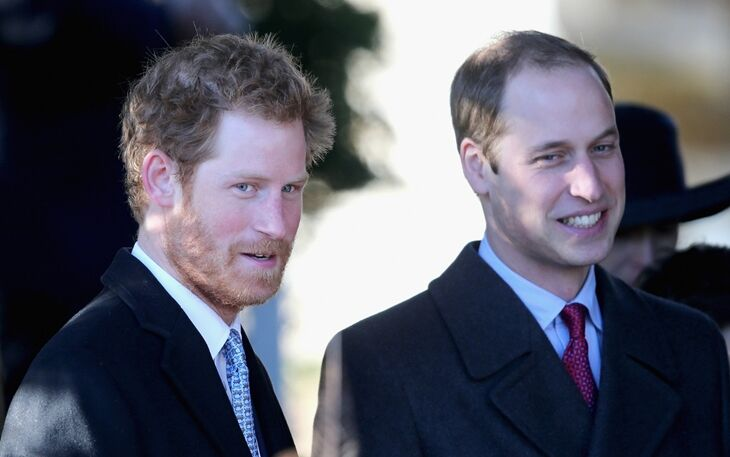Принц Гарри и принц Уильям показали новые фото сыновей в честь Дня отца