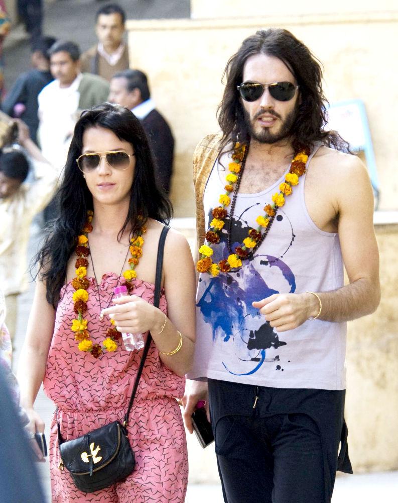 Рассел Брэнд и Кэти Пери обручились в Индии