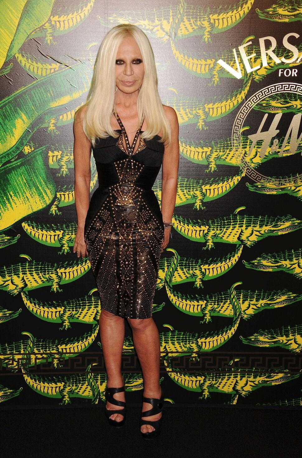 Донателла Версаче не хочет видеть коллекцию Versace for H&M на реальных людях