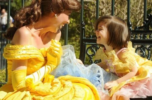 Сури Круз любит быть принцессой