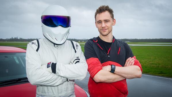 Первый взгляд на Тома Хиддлстона на шоу Top Gear