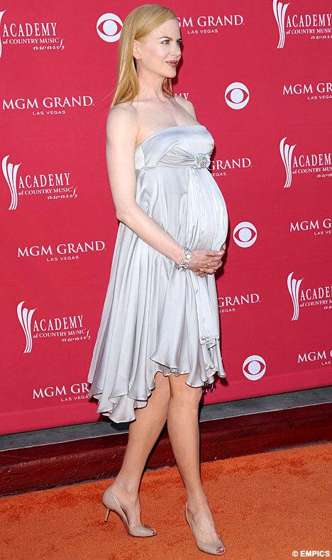 Николь Кидман развеселили слухи о том, что она снялась обнаженной
