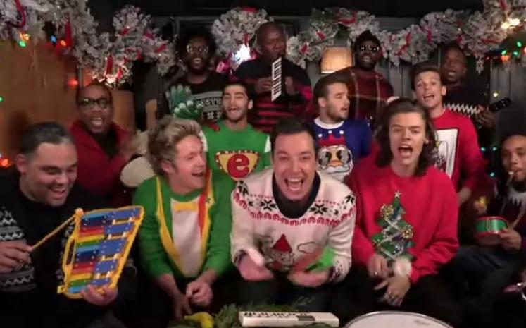 Видео: Джимми Фэллон, One Direction и The Roots поздравляют с Рождеством