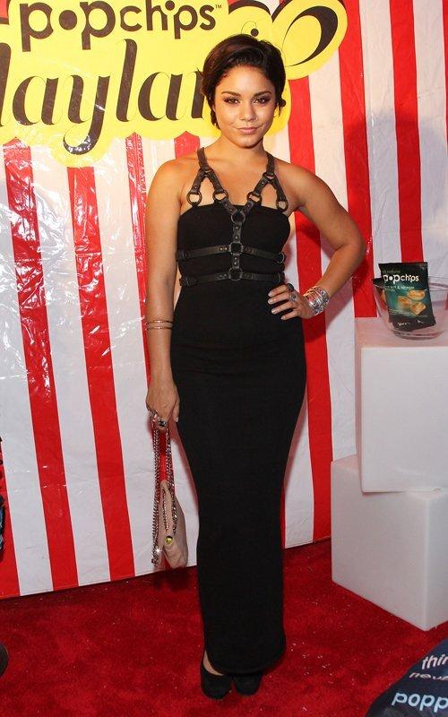 Ванесса Хадженс на вечеринке Popchips Playland
