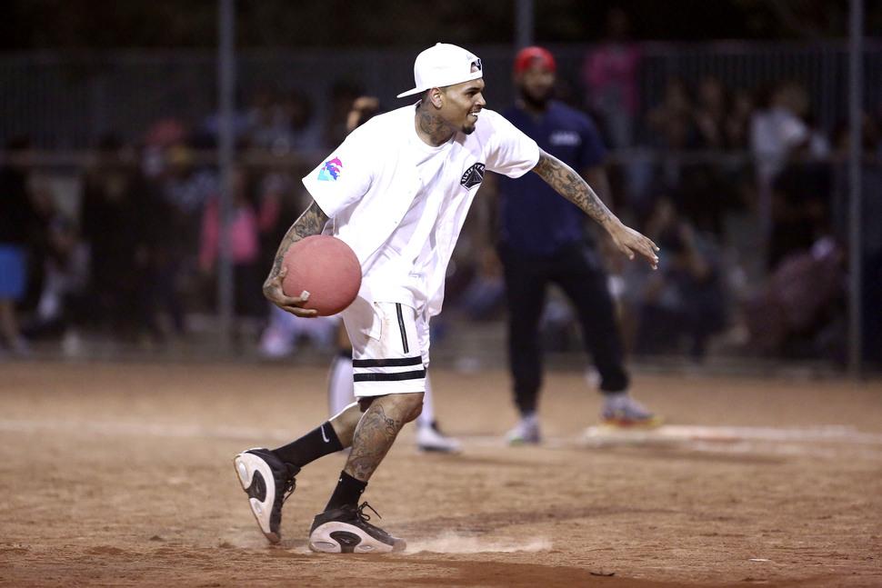 Благотворительный звездный матч по кикболу