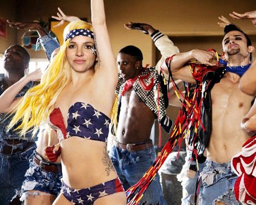 """Песня Lady GaGa """"Telephone"""" в исполнении Бритни Спирс попала в сеть"""