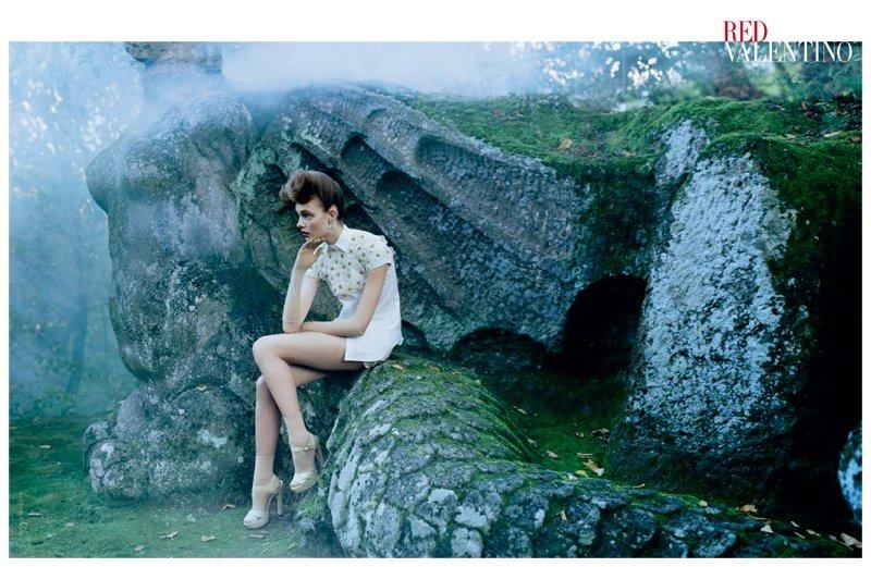 Сказочная рекламная кампания Red Valentino. Весна / лето 2012