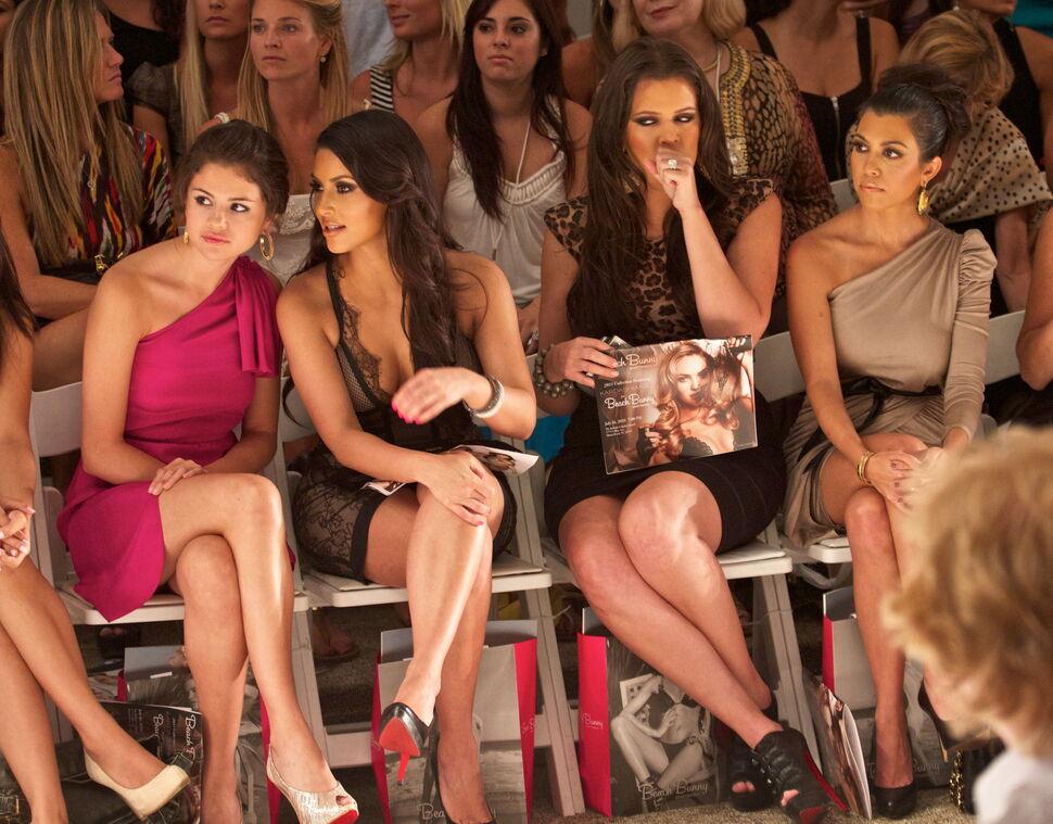 Знаменитости, которым платят за появление на модных показах