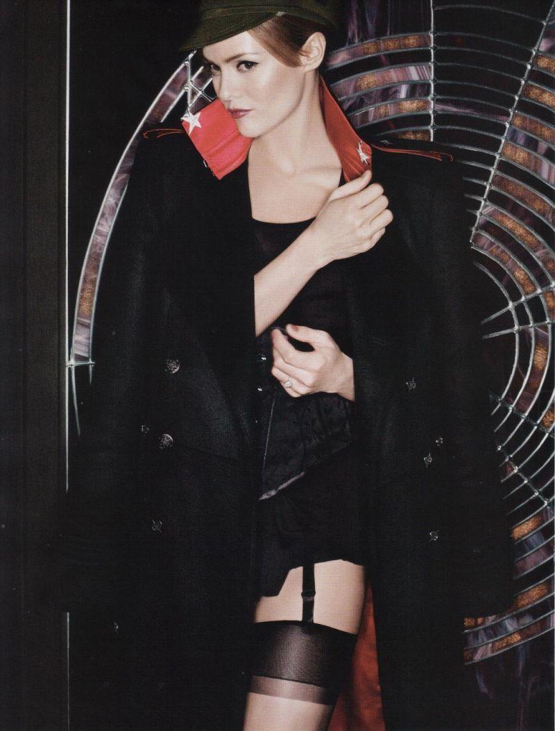 Ванесса Паради в журнале Vogue Paris by Karl Lagerfeld. Май 2010