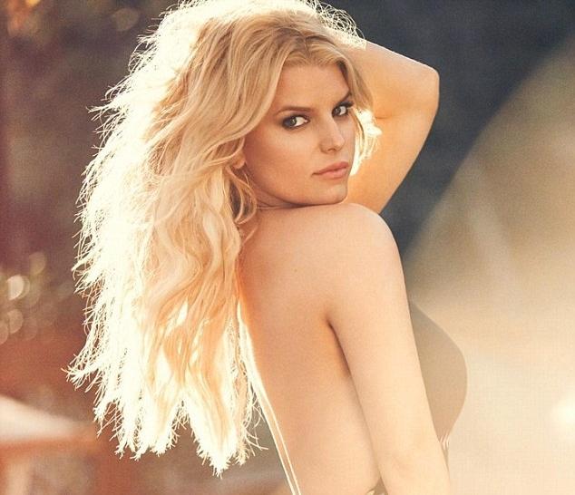 Джессика Симпсон снялась в рекламе своей коллекции купальников