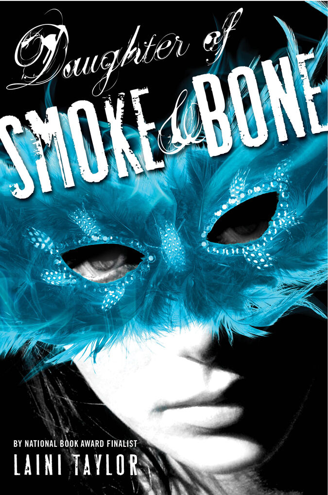 Paramount Pictures присматривается к «Дочери дыма и кости»