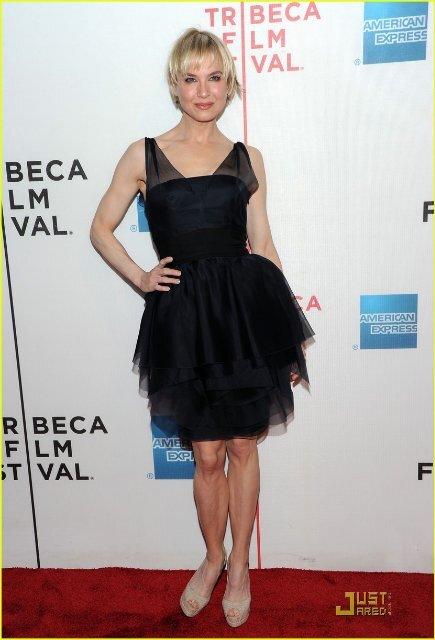 """Рене Зеллвегер с """"Моей любовной песней"""" на Tribeca Film Festival 2010"""