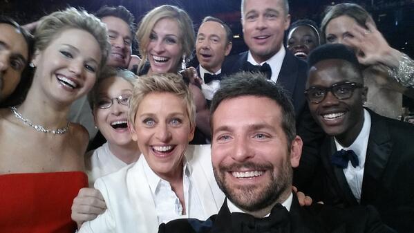 Знаменитый selfie с «Оскара» помог собрать 3 миллиона долларов на благотворительность