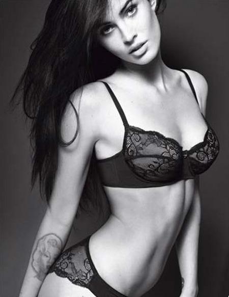 Видео: Меган Фокс в рекламном ролике Armani underwear