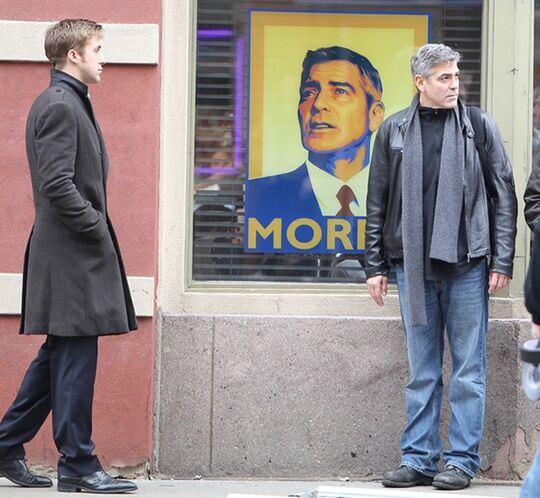 "Джордж Клуни и Райан Гослинг на съемках фильма ""Мартовские иды"""