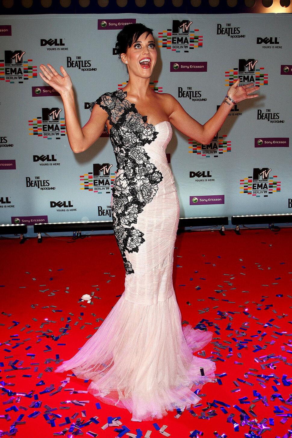 Прибытие звезд на MTV Europe Music Awards 2009