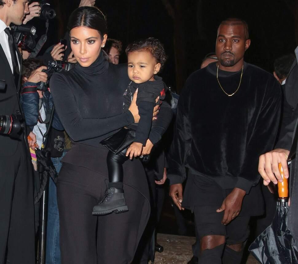 Ким Кардашян и Канье Уэст признаны «Первой семьей мира моды»