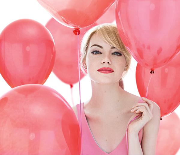 Первый взгляд на рекламную кампанию Revlon с Эммой Стоун