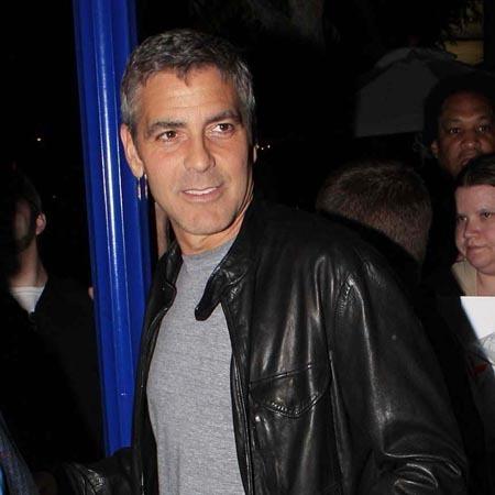 Джордж Клуни сломал руку