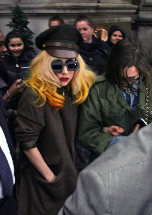 Lady Gaga хочет изменить внешность?