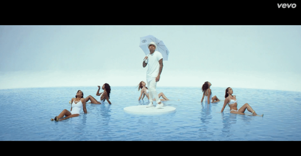 Новый клип Криса Брауна, Ашера и Рика Росса -  New Flame