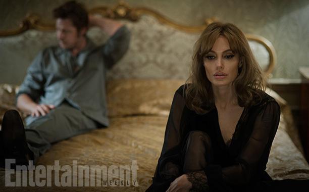 """Первый взгляд на Анджелину Джоли и Брэда Пита """"У моря"""""""