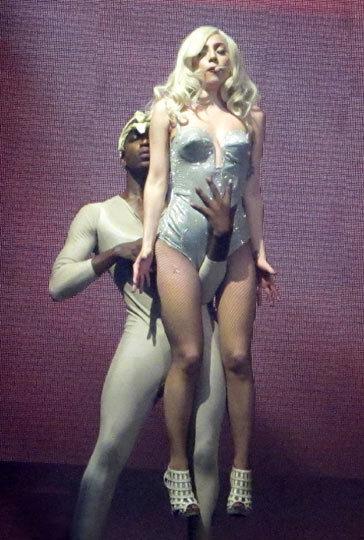 Lady GaGa страдает бессонницей