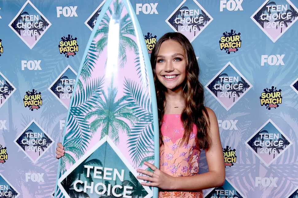 Фото: звезды на красной дорожке церемонии Teen Choice Awards 2016