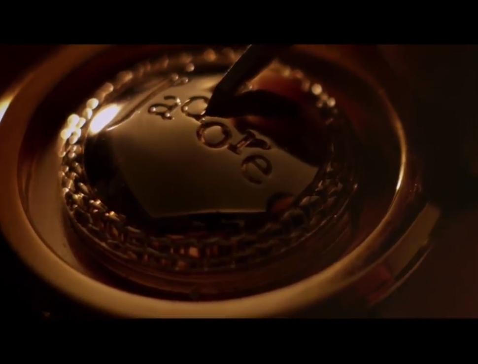 Короткометражный фильм об аромате J'adore от Dior