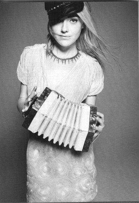 Фото Дакоты Фаннинг, не вошедшие в журнал Vogue