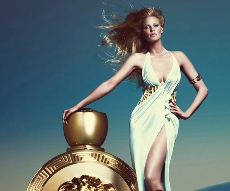 Лара Стоун в рекламной кампании аромата Versace Eros Pour Femme