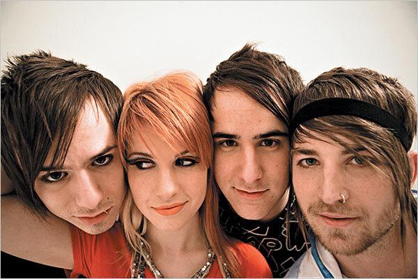 Новое видео от группы Paramore