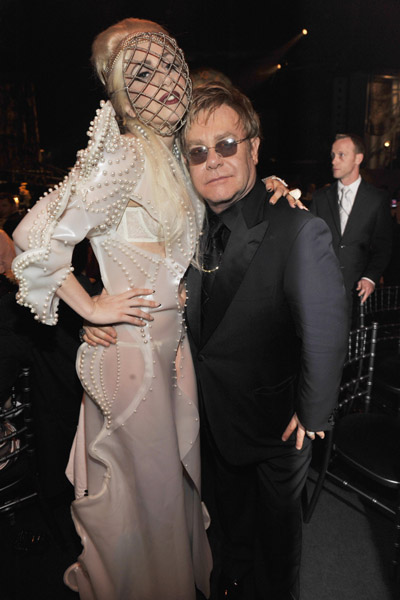 Lady Gaga – крестная мама сына Элтона Джона