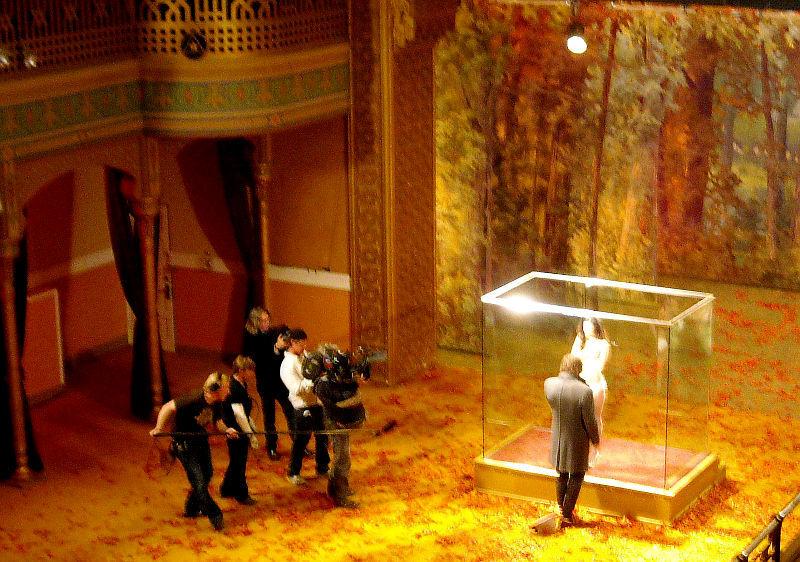 Меган Фокс разделась топлесс на съемочной площадке фильма Passion Play