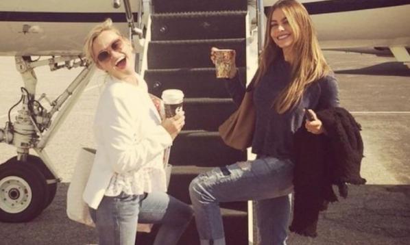 Звезды в социальных сетях: Хью Джекман готовится развести огонь, а Кристина Агилера - выйти на красную дорожку