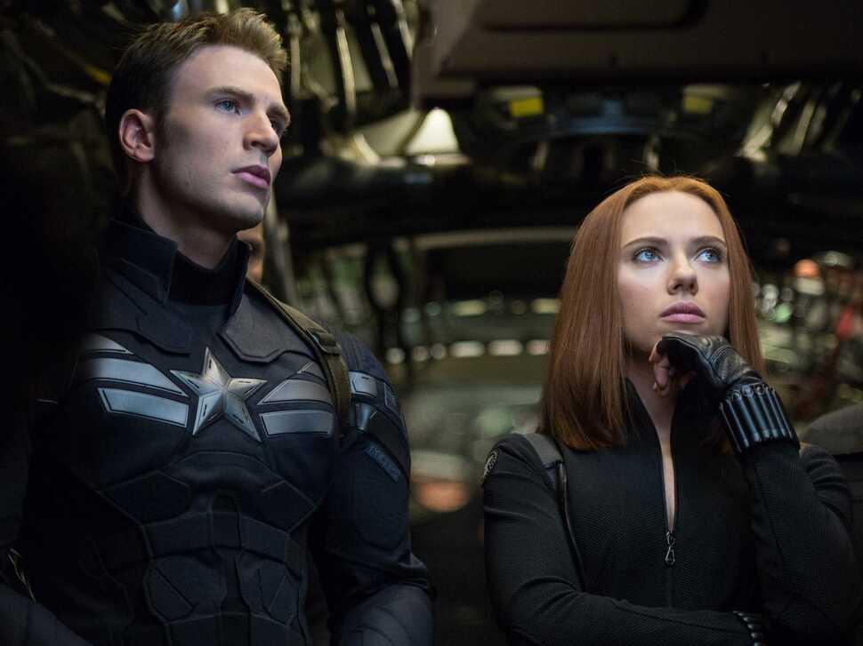 """Второй трейлер и новые кадры фильма """"Первый мститель: Другая война"""""""