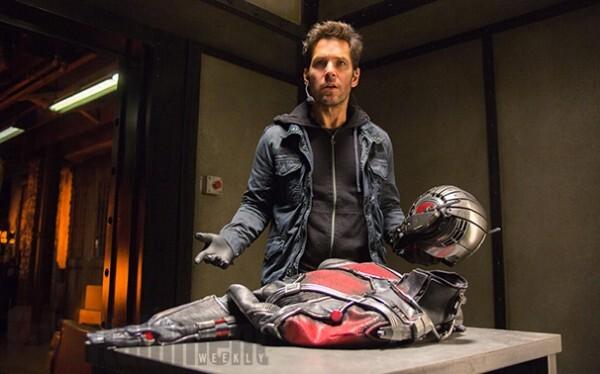 Пол Радд в костюме Человека-муравья