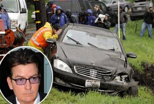 Угнанная машина Чарли Шина была найдена разбитой в овраге