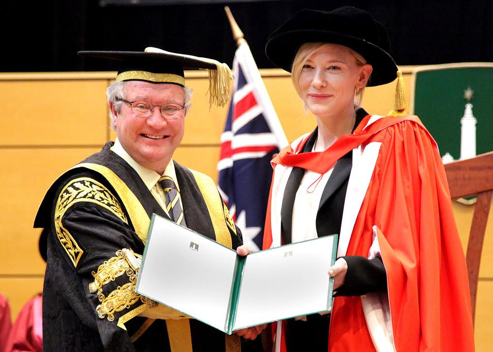 Кейт Бланшетт стала доктором наук