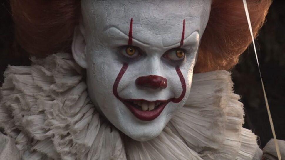 Билл Скарсгард на съемках «Оно 2» напугал даже Джеймса МакЭвоя